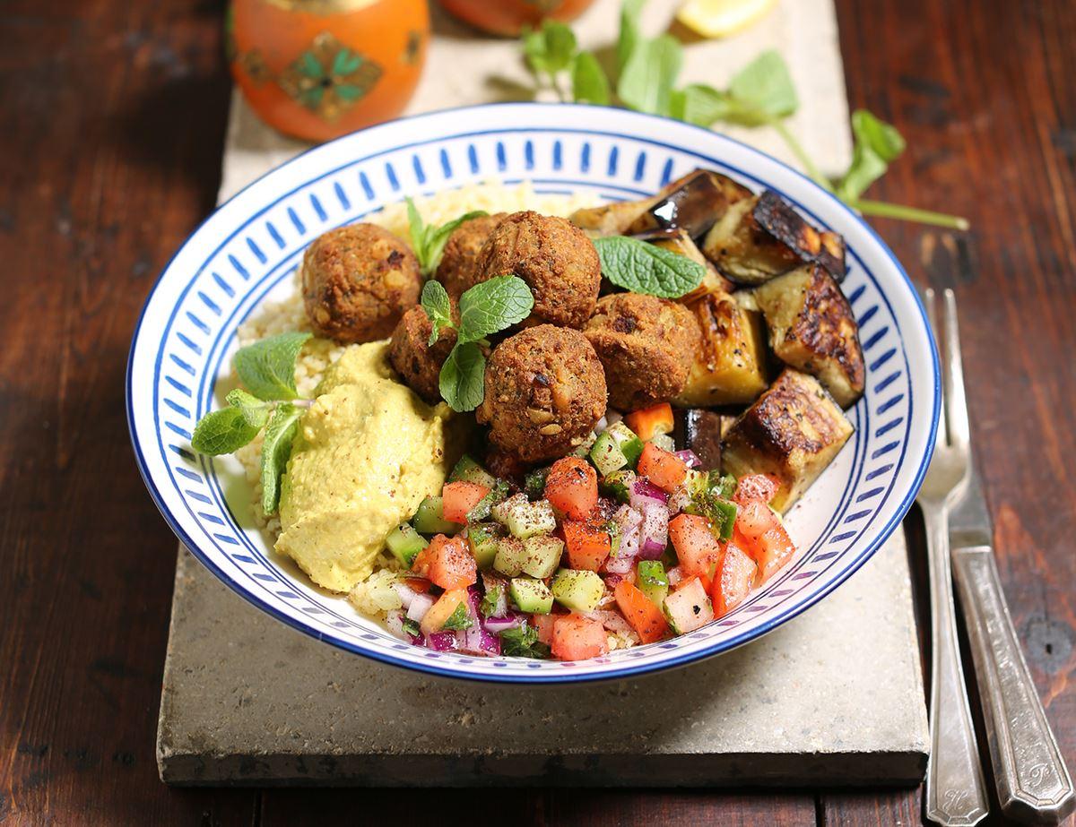 Golden Falafel & Houmous Bulgar Bowls