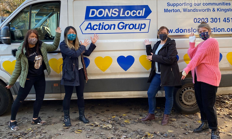 Abel & Cole team in front of Dons van