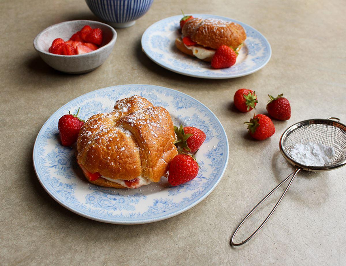 Strawberry & Creme Fraiche Croissant