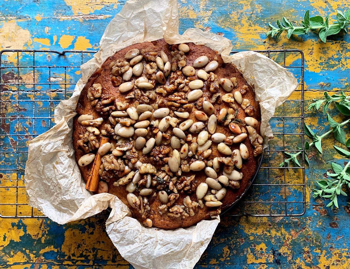 Honey and Nut Cake