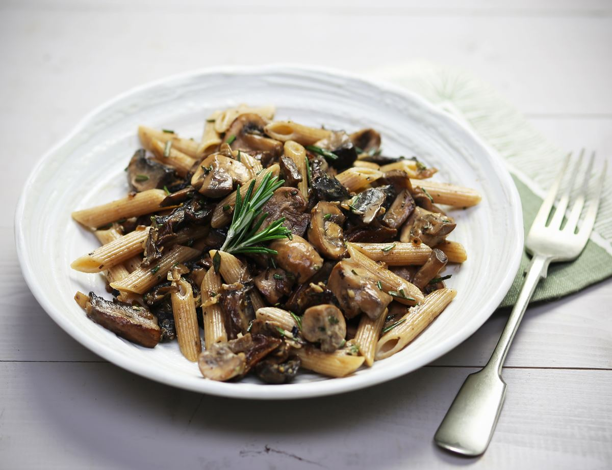 Penne with Garlicky Mushroom Sauce