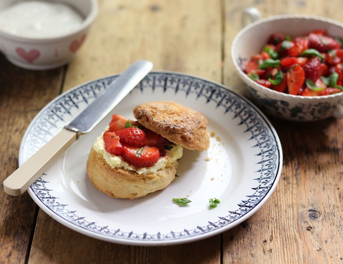 Scones with Balsamic Strawberries & Cream