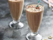 Iced Cocoa & Peanut Smoothie