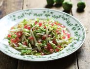 Crunchy Sprout, Fennel & Pomegranate Slaw