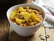 Apple, Chickpea & Potato Curry