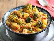 Bombay Potato, Broccoli & Lentil Curry