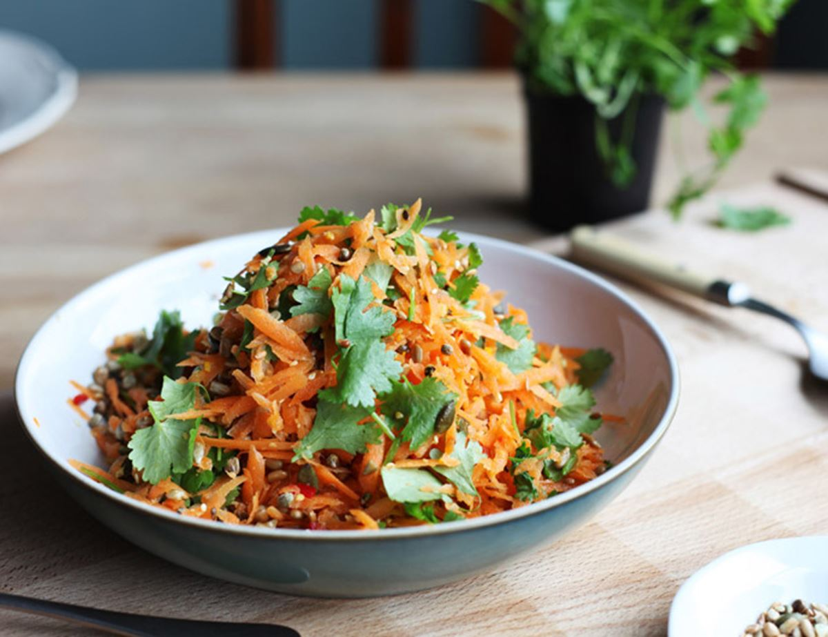 Seedy, Spicy Carrot Salad