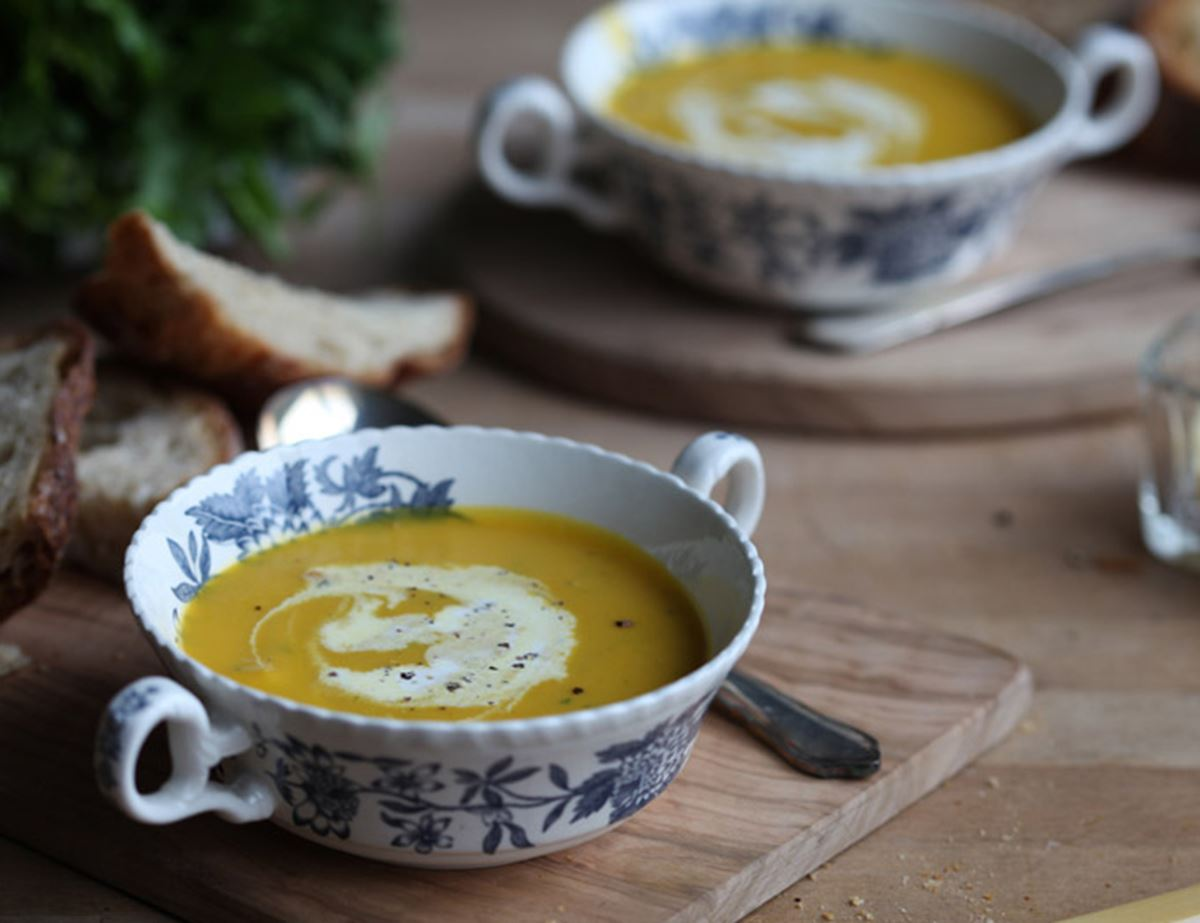 Heavenly Carrot and Coriander Soup