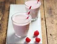 Peanut Butter & Raspberry Jelly Smoothie