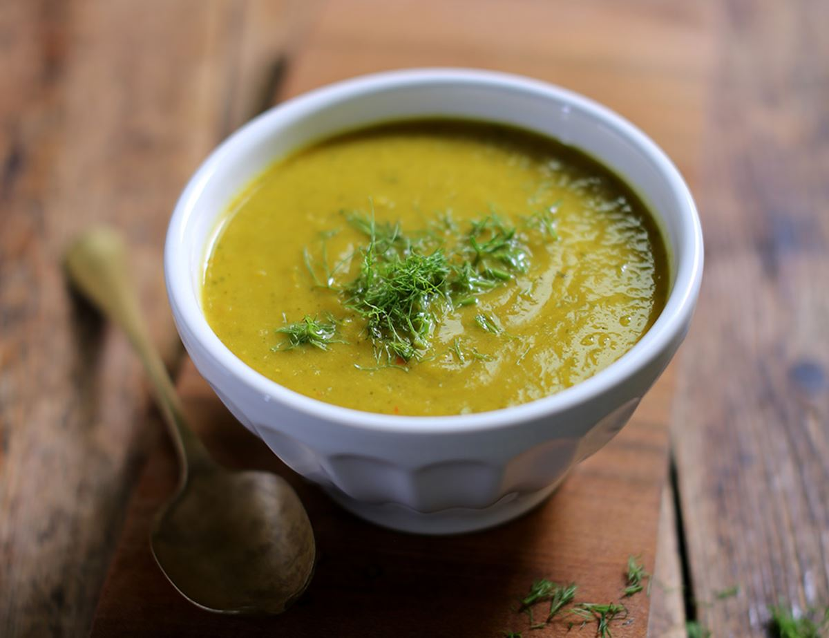 Courgette, Fennel & Turmeric Soup