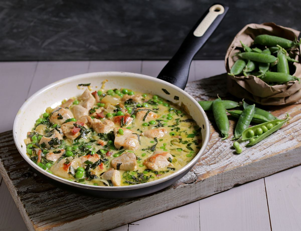 Chicken Braised with Garden Peas & Crème Fraiche