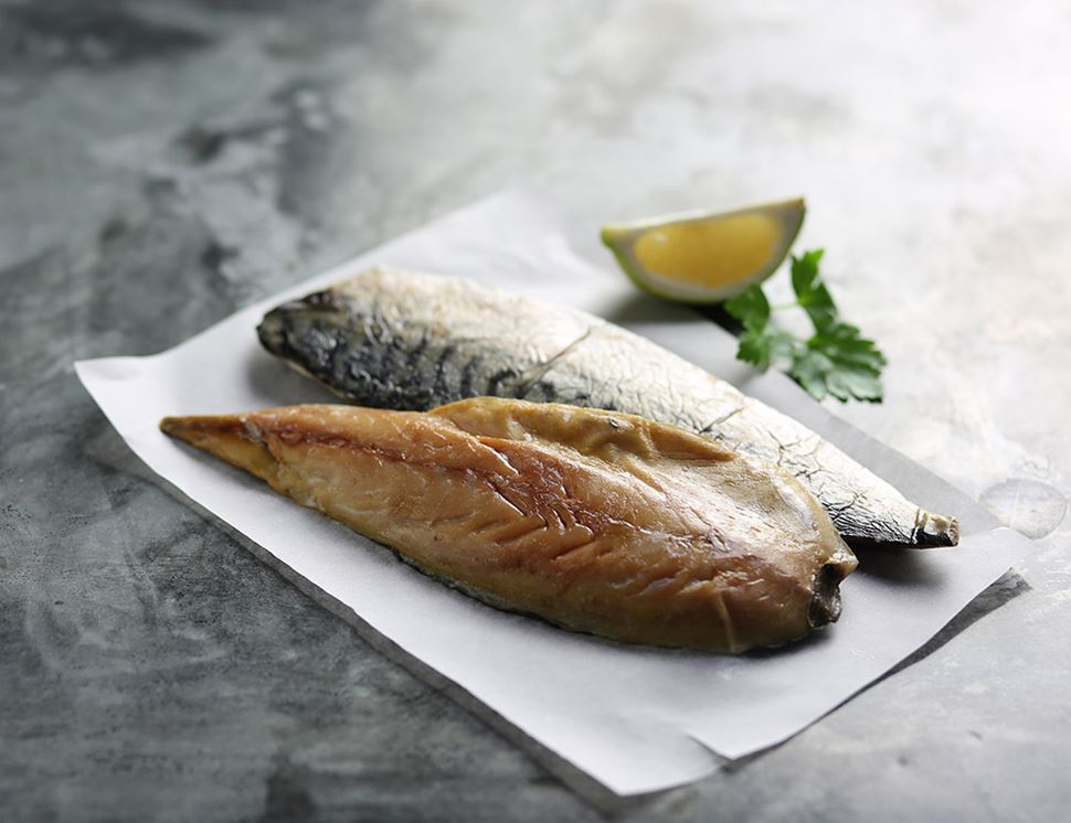 Smoked Mackerel Fillets, Inverawe, pack of 2 (180g)