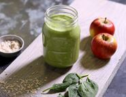 Green Spinach, Apple & Peanut Butter Shake