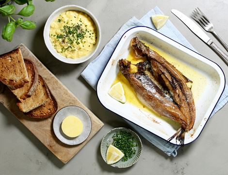 Grilled Kipper with Creamy Scrambled Eggs