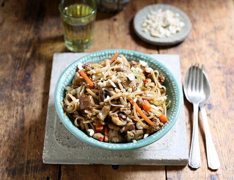 Vegetable & Peanut Pad Thai