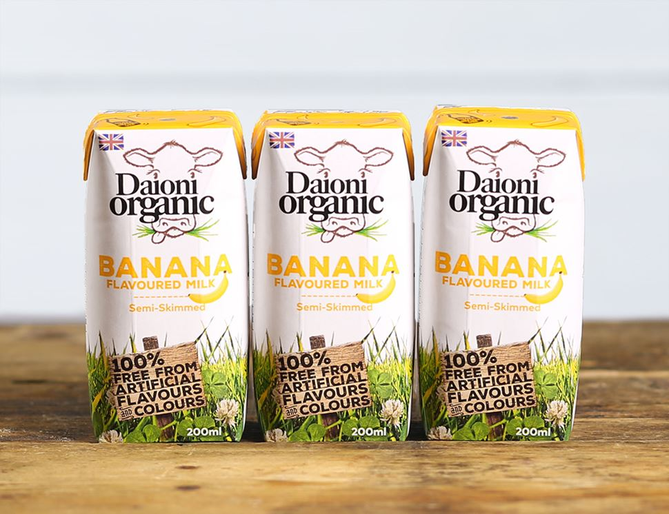 Banana Flavoured Milk Drink, Organic, Daioni (3 x 200ml)
