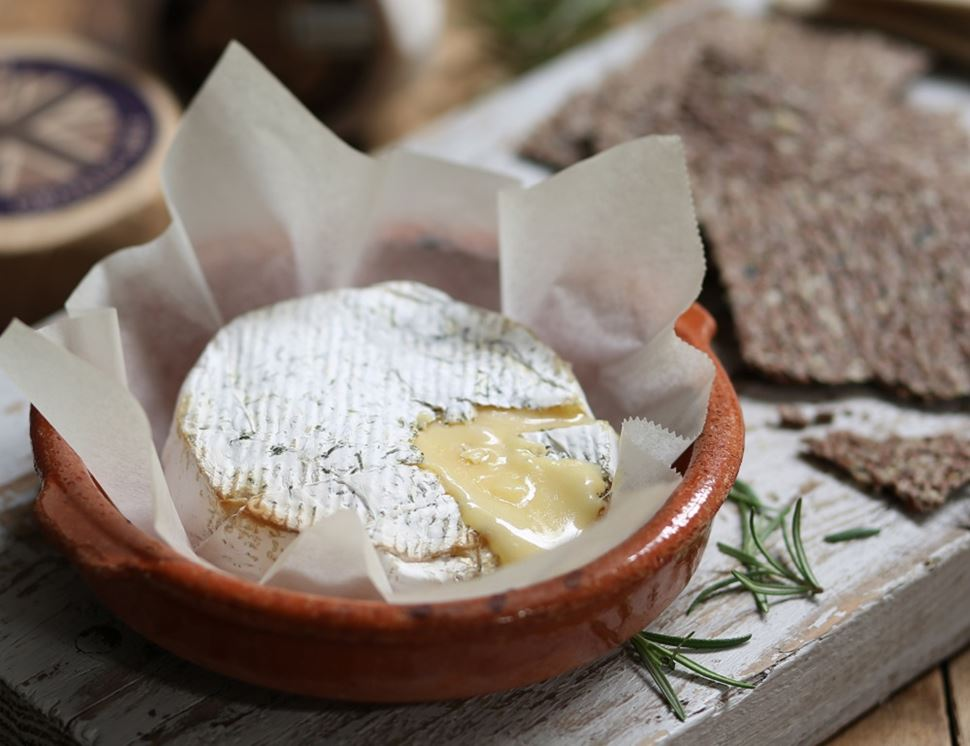 Traditional Brie, Organic, Abel & Cole (200g)