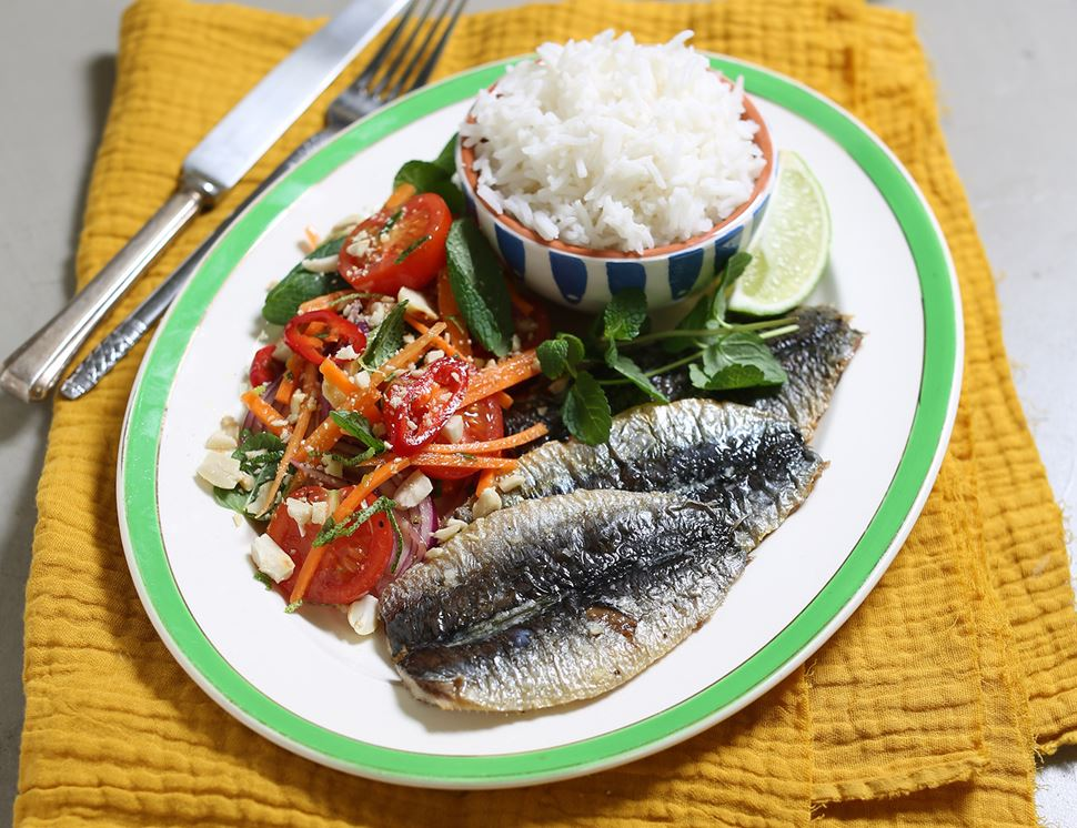 Vietnamese Grilled Sardines with Rice