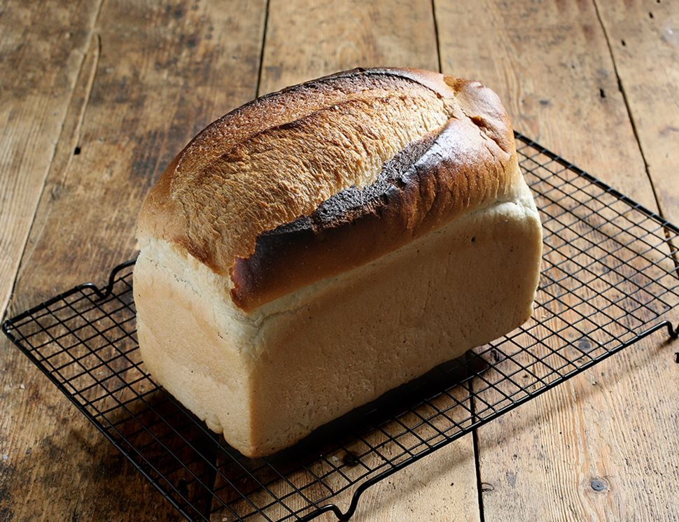 White Loaf, Organic, Authentic Bread Co. (800g)
