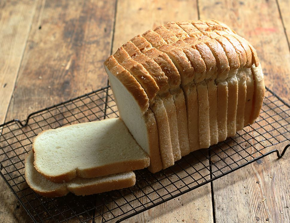 White Loaf, Sliced, Organic, Authentic Bread Co. (800g)