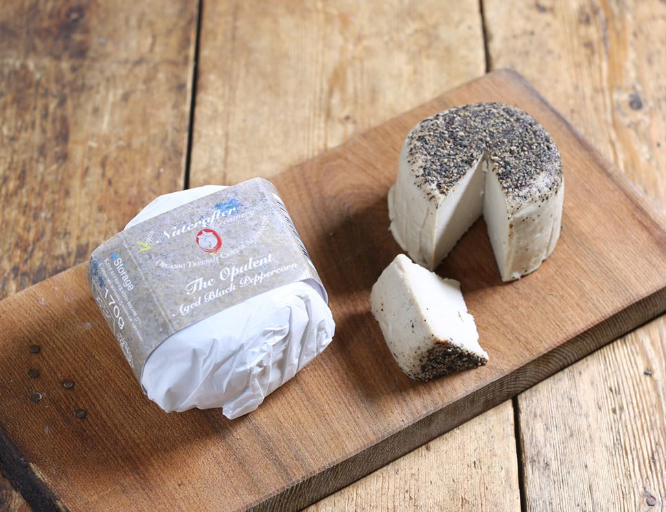 Aged Black Peppercorn Cashew Cheese Alternative, Organic, Nutcrafter Creamery (170g)